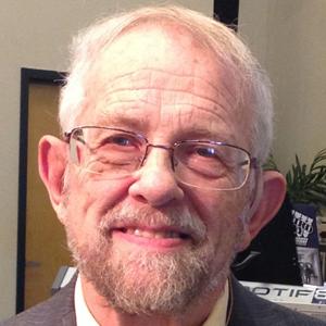 Dennis Bauder, Pastor